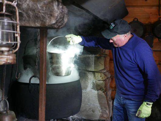 Kataveden valmistusta Hornindalissa